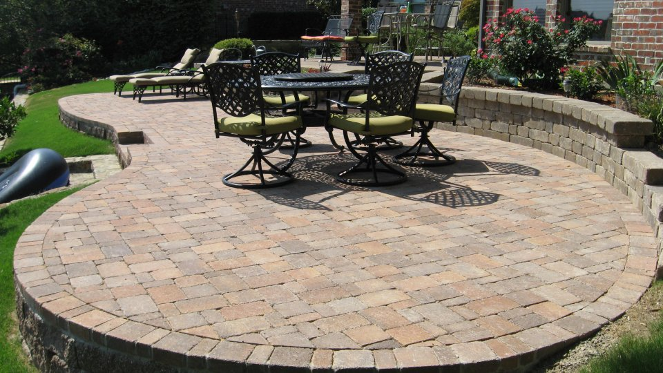 Circular-Raised-Patio-Pavers - Best Pavers Patio Contractors, Installers In Plano, TX - Legacy
