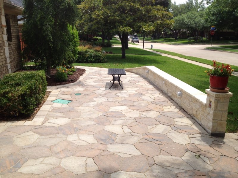 Front Patio And Sit Wall In Mega Arbel