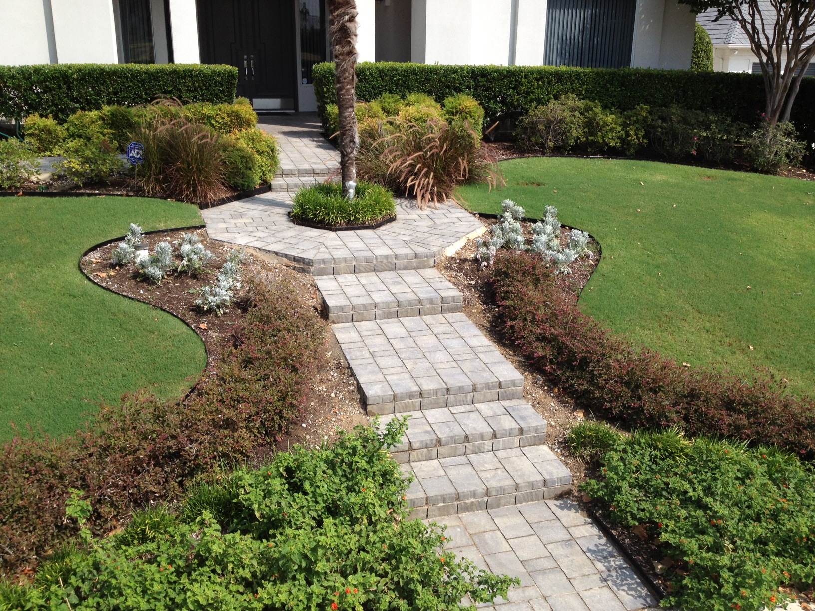 Pavers Walkway and Entry
